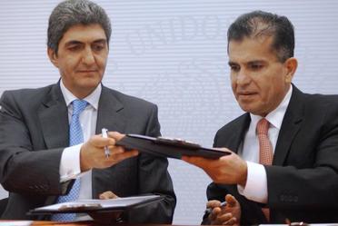 SAE y Profeco firman un convenio para la venta de bienes transferidos
