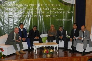 Acudieron representantes del Sector Automotriz, la Academia y, la Entidad Mexicana de Acreditación.