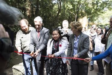 """Corte de listón de la exposición """"Aves de México"""", Zoológico de Chapultepec."""