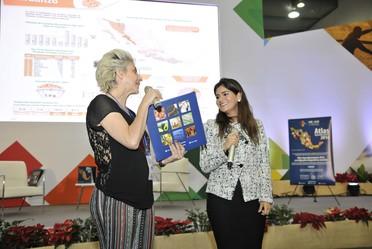 Así se vivió la presentación de #AtlasAgroalimentario2016 en la México Alimentaria 2016 Food Show, donde la Lic. Patricia Ornelas Ruiz y Fernanda Tapia pusieron a prueba a los asistentes sobre que tanto conocían los productos que se producen en México.
