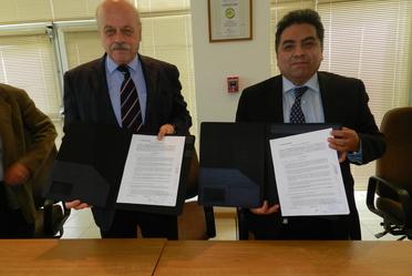 Representantes del CENAM y de Agilent México, se reunieron para la firma del convenio