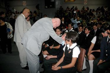 La CONADIC firmó un convenio de colaboración con la Universidad y Colegio Simón Bolívar