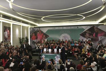 Con la firma hoy del convenio SEGOB-SEDESOL -Liconsa sumamos esfuerzos para prevenir la #violencia contra las #mujeres en el país