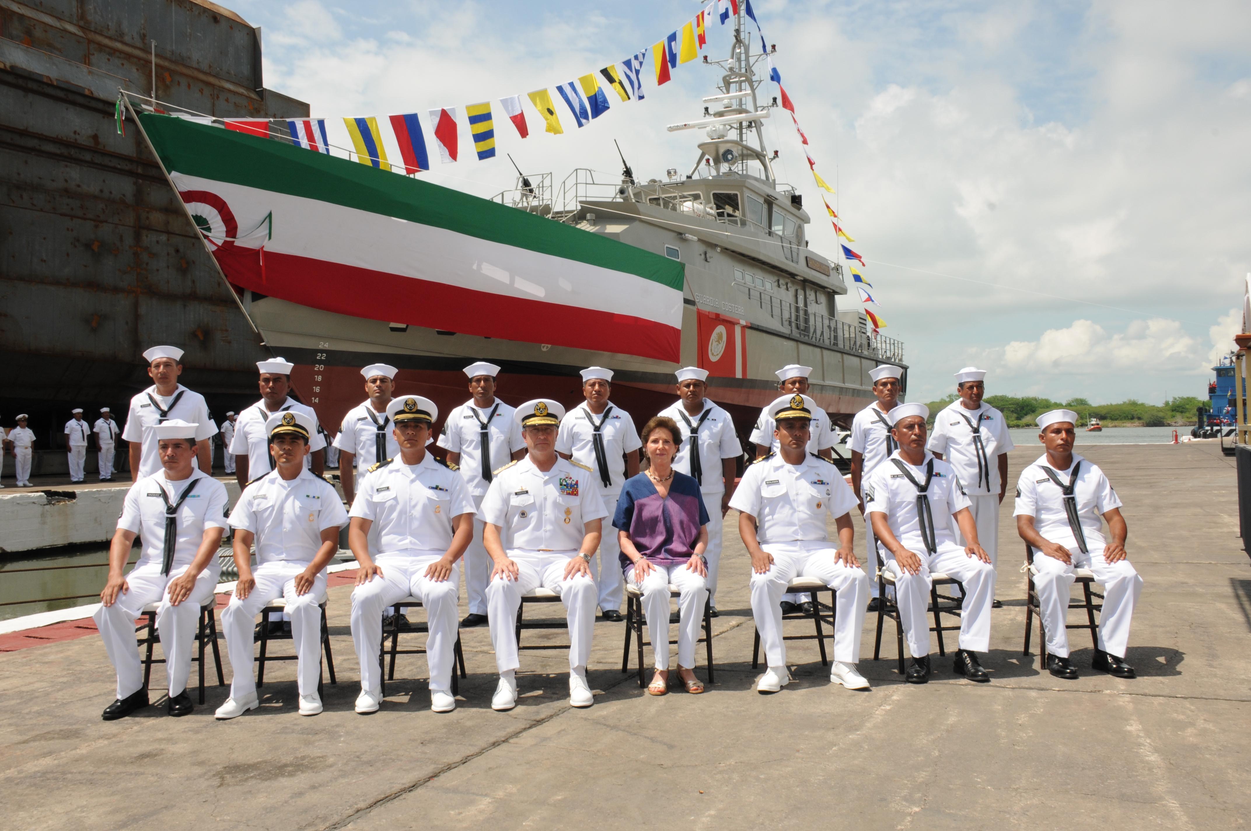 """La Secretaría de Marina realiza la botadura de la Patrulla Costera  ARM """"Chichén-Itzá"""" (PC-340)"""