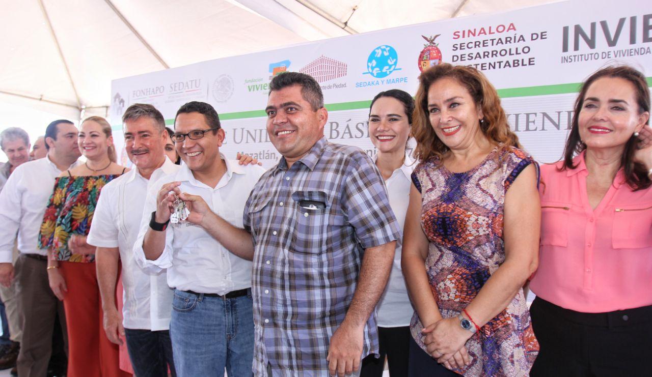 Familias beneficiadas del municipio de Mazatlán, Sinaloa.