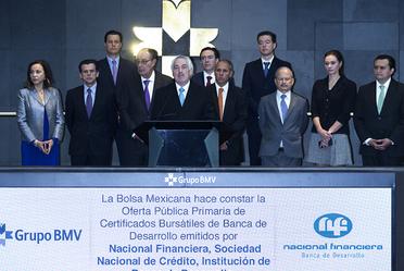 Nafin lanzó su primer Bono Social emitido en pesos en el mercado de deuda, en la Bolsa Mexicana de Valores.