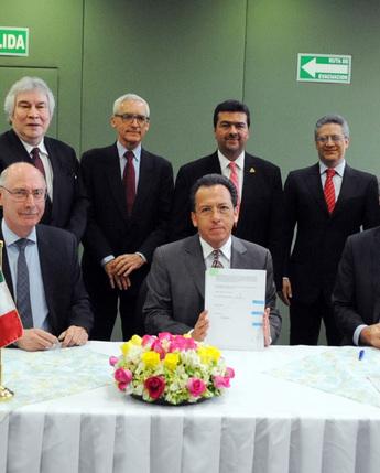Firma de cooperación entre el Instituto Mexicano del Petróleo (IMP) y el Instituto Francés del Petróleo (IFP)