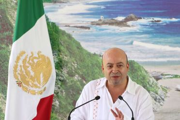 Lic. Renato Sales Heredia, en la inauguración de la Conferencia Nacional del Sistema Penitenciario, Zona Sureste