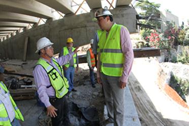 Conagua supervisa obras hidráulicas en la Barranca Santo Cristo del Paso Express en Cuernavaca.