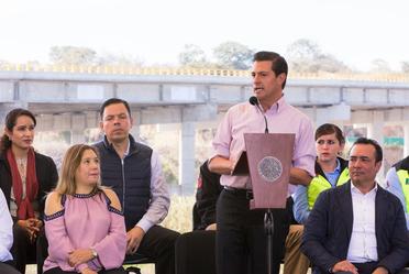 El Presidente Enrique Peña Nieto durante la inauguración del Macrolibramiento de Guadalajara.