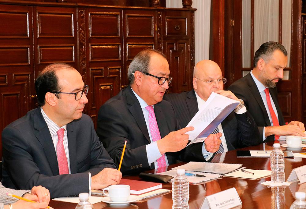 Reunión del secretario de Educación Pública, Otto Granados Roldán, y el secretario general de la OCDE, José Ángel Gurría Treviño