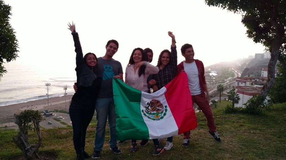 """El Instituto Mexicano de la Juventud (Imjuve), creó nuevos programas y rediseñó muchos otros para atender de manera más eficiente sus necesidades y los agrupó en el """"Sistema Nacional de Convocatorias 2018""""."""