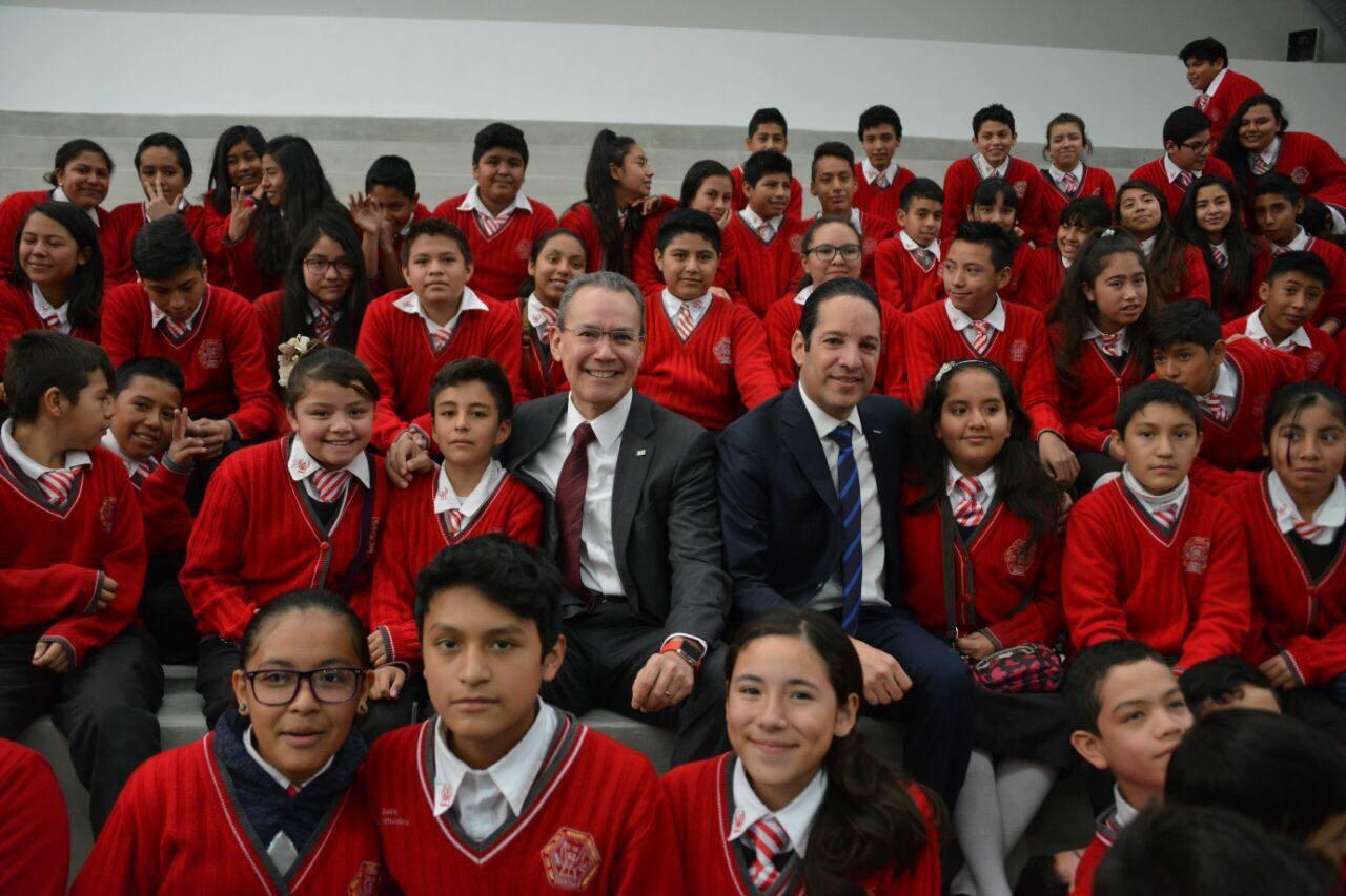 Gobierno del Estado de Querétaro y Secretaría de Educación Pública Federal inauguran excelentes mejoras a la infraestructura educativa