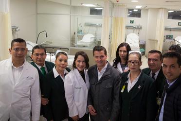 Presidente Enrique Peña Nieto durante la inauguración del Hospital general de Zona No. 5 del IMSS en Nogales