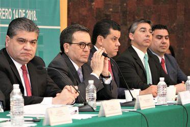 """Foro """"La necesidad de una Ley de #MejroaRegulatoria"""" realizada en la Cámara de Diputados"""