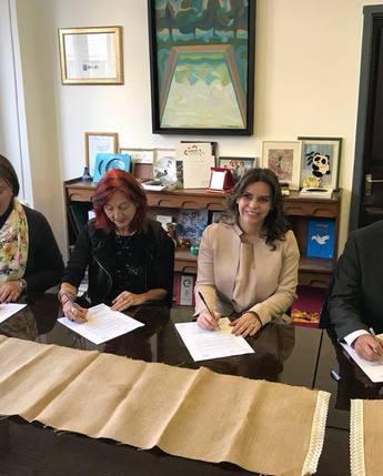 DIF Nacional y el Instituto András Petö, firman Carta de Intención