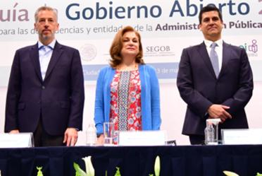 """Presentan SFP, SEGOB, FEPADE e INAI """"Guía de Gobierno Abierto 2018"""""""