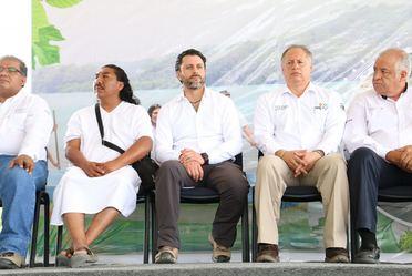 El Comisionado Nacional de Áreas Naturales Protegidas, Alejandro Del Mazo Maza, en representación del Secretario de Medio Ambiente, Rafael Pacchiano Alamán, entregó inversión del sector ambiental del 2018 a la Selva Lacandona
