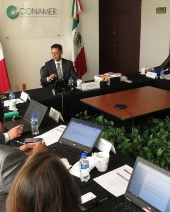 Reunión con la División de Política Regulatoria de la OCDE