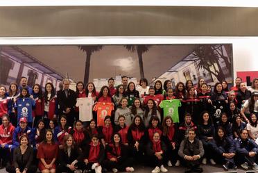 """Ceremonia de inauguración del Primer Torneo Relámpago: Súper Liga Femenil Universitaria 2018 """"Por un fútbol sin estereotipos de género"""""""