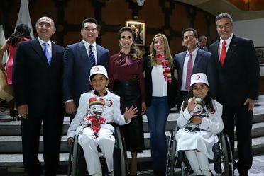 """Menores con discapacidad, ahora forman parte de los """"Niños Gritones""""."""