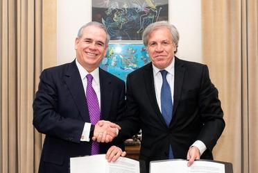 Firma del acuerdo de cooperación entre Profeco y la Red Consumo Seguro y Salud y la OEA