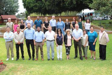 Especialistas de Estados Unidos, México y Canadá reunidos en la sede de la CONAFOR para el lanzamiento de la red de comunicadores forestales de América del Norte.
