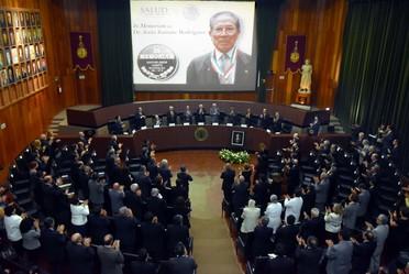 Homenaje póstumo al Doctor Jesús Kumate Rodríguez