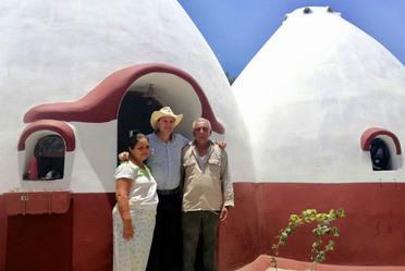 Gira por el Estado de Oaxaca- supervisión reconstrucción