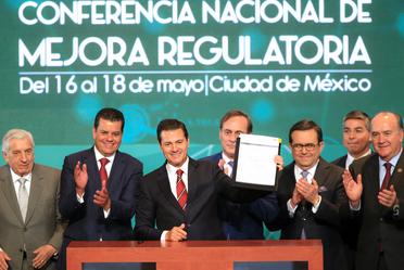 Promulga el Presidente Enrique Peña Nieto la Ley General de Mejora Regulatoria