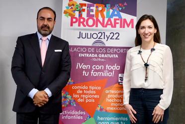 Cinthya Villareal en la presentación de la 2ª Feria PRONAFIM