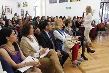 La capacitación estuvo a cargo de Olga Noriega, Profesora-Investigadora en el INACIPE