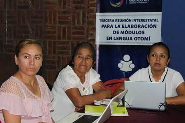 Continúa INEA desarrollo de materiales para comunidades indígenas
