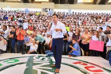 Entregan en Sinaloa pólizas de afiliación al Seguro Popular a beneficiarios de la comunidad PROSPERA
