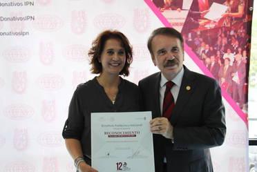 Entregan a Indesol reconocimiento por su Labor Altruista a favor del Instituto Politécnico Nacional