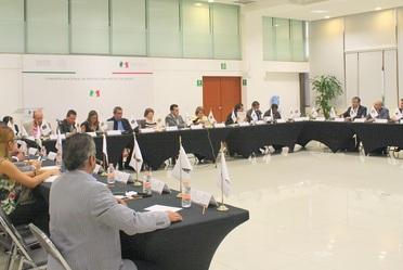 Antonio Chemor Ruiz, Comisionado Nacional del Seguro Popular encabezó la Reunión Plenaria de Seguimiento con los directores estatales del Seguro Popular.