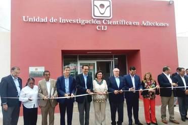 El secretario de Salud y el gobernador de Nayarit inauguraron la Unidad de Investigación Científica en Adicciones en ese estado