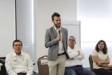 """Reunión Nacional de Formación de Responsables Estatales del proyecto """"Aprendizaje sin fronteras"""""""