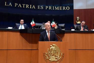José Antonio González Anaya, Secretario de Hacienda, comparece ante la Cámara de Diputados.