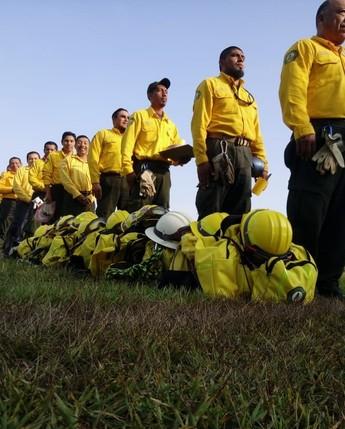 Capacitación de combatientes de incendios forestales en Chiapas