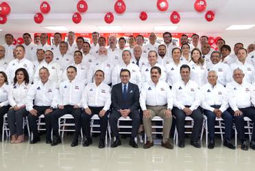 El Secretario Ildefonso Guajardo Villarreal acompañado de los presidentes de la CONCANACO SERVITUR
