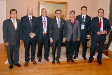 El Secretario Guajrado con los participande de la reunión del Instituto Mexicano de Ejecutivos de Finanzas