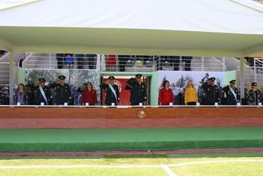 Funcionarios de la SEDENA en entrega de condecoraciones y distinciones.