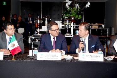 El secretario de economía en Reunión con el Consejo Directivo de INDEX