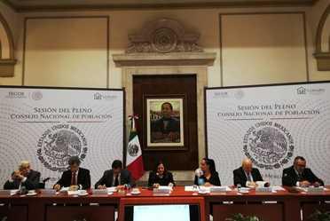 Patricia Martínez Crans, Subsecretaria de Población, Migración y Asuntos Religiosos de la Secretaría de Gobernación, preside la Reunión del Pleno del Consejo Nacional de Población