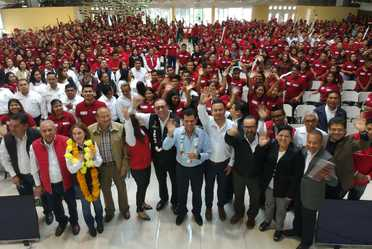 El director general del Conafe, Enrique Torres Rivera, se despidió y agradeció el esfuerzo de las figuras educativas de todo el país.