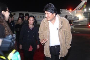 Arribó a México, el Excmo. Sr. Evo Morales, Presidente del Estado Plurinacional de Bolivia, quien  fue recibido por  María Luisa Albores, Secretaria de Bienestar.