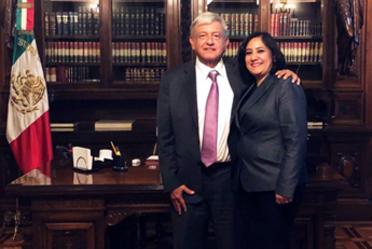 Con orgullo La Titular de la Función Pública se reúne en Palacio Nacional con el Presidente de los Estados Unidos Mexicanos.