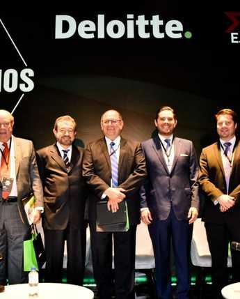 """Ing. Javier Delgado Mendoza durante el foro """"Business Summit de Negocios"""" de Deloitte"""