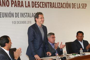 Secretario Esteban Moctezuma